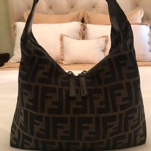 Handbags - Fendi purse